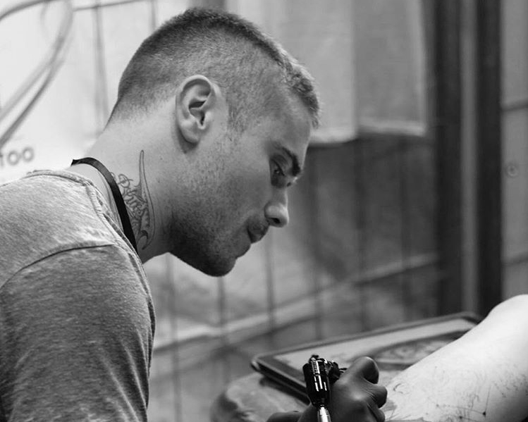Victor Del Fueyo Tattoo artist Participant in New Delhi